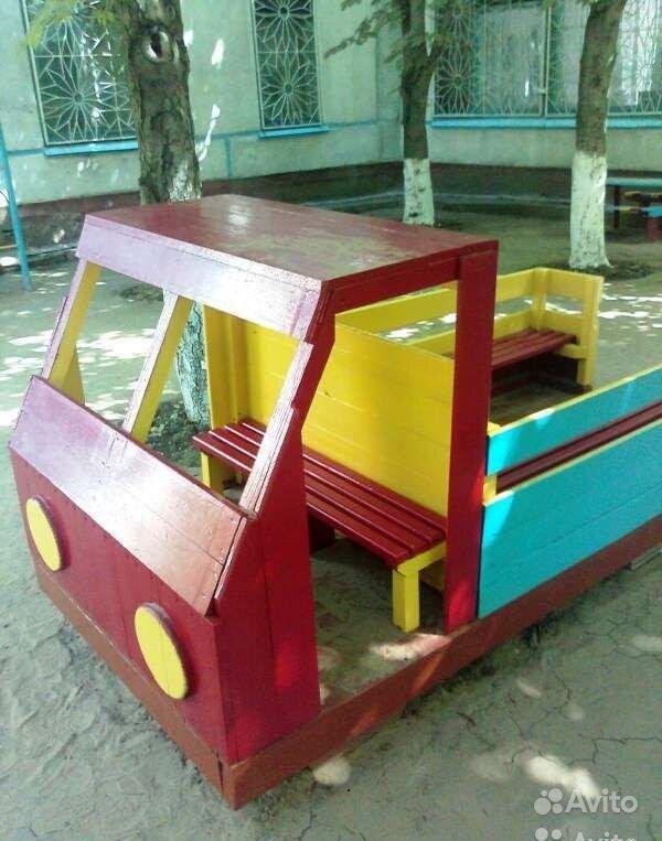 Машина на площадку в детский сад