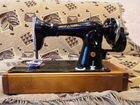 Ручная швейная машинка zinger