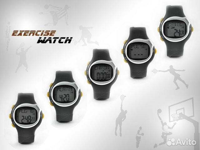 цифровые наручные часы с большими цифрами