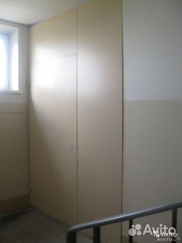 установка металлических дверей в подъезде на этаже