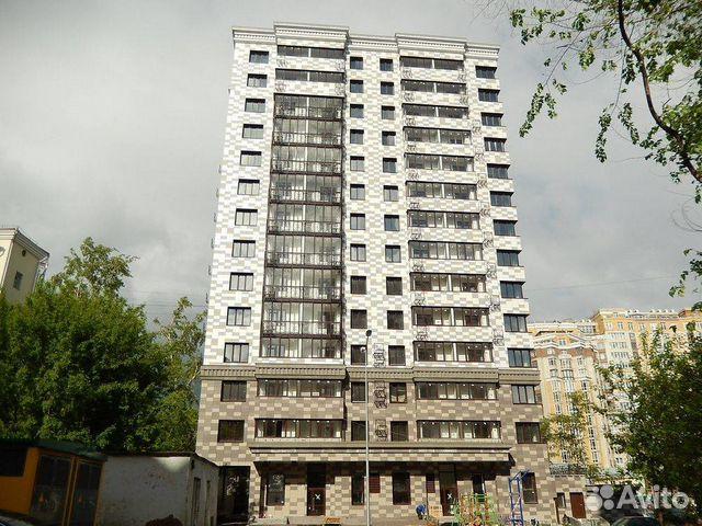 Продается трехкомнатная квартира за 7 200 000 рублей. ул. Комсомольская  - ул. Горького.