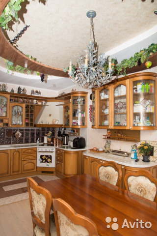 Продается трехкомнатная квартира за 7 000 000 рублей. г Челябинск, ул Тимирязева, д 21А.