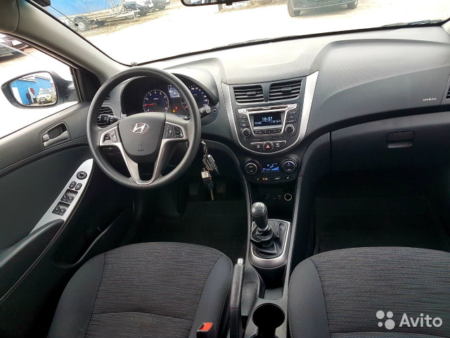 Купить Hyundai Solaris пробег 65 000.00 км 2015 год выпуска