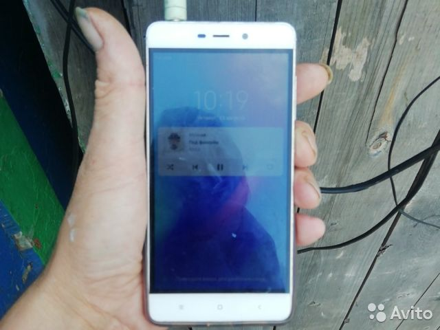 Телефон Xiaomi редми 4