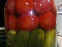 Соленые помидоры с огурцами